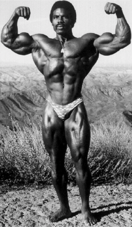 Robby Robinson Double Biceps Pose V-Taper