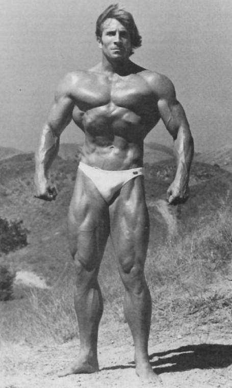 epic standing bodybuilding pose steve davis