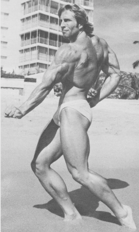 epic twisting back bodybuilding pose steve davis
